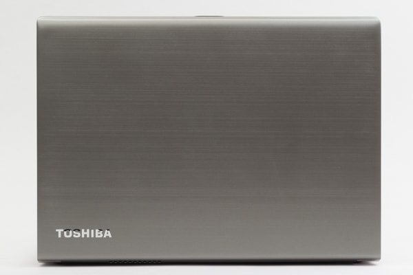dynabook RZ63 天板のデザイン