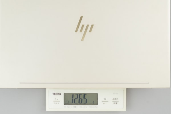 HP ENVY 13-ah0000 重さ