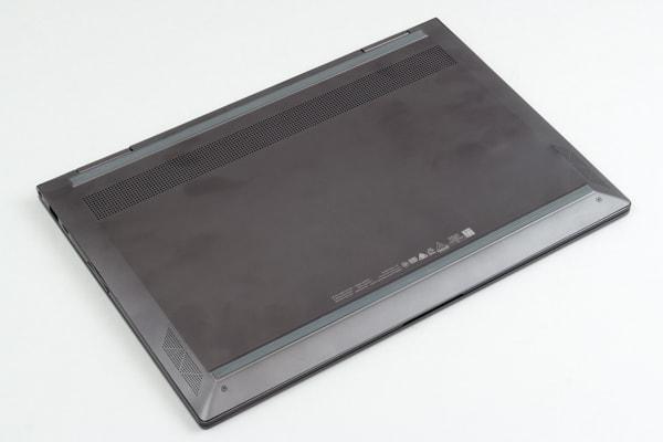 HP ENVY 13 x360 底面部
