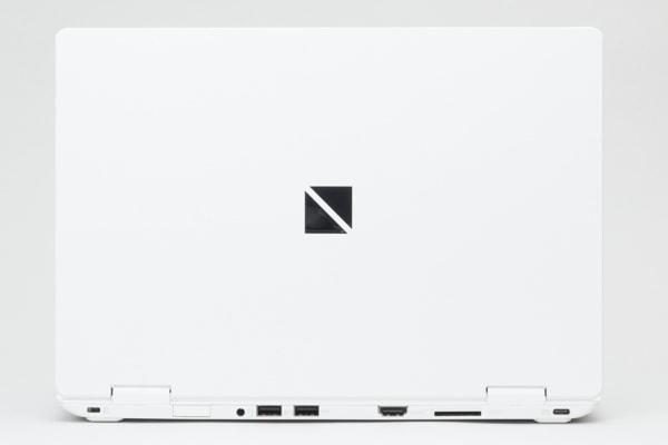 LAVIE Direct NM 2019 天板のデザイン
