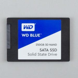 2.5インチ SSD