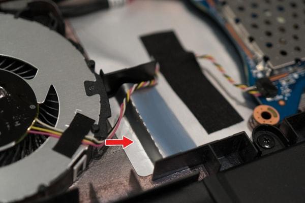 VAIO SX14 空冷ファンのストッパー