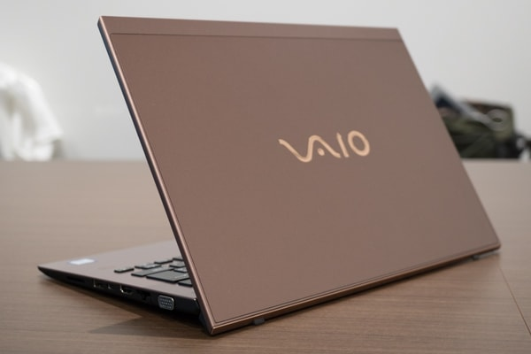 VAIO SX14 ブラウン