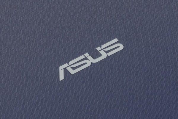 ASUS VivoBook W203MA 天板のデザイン