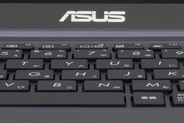 ASUS VivoBook W203MA キーストローク