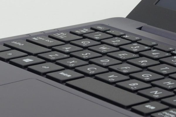 ASUS VivoBook W203MA タイプ音