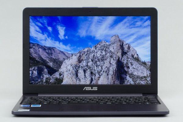 ASUS VivoBook W203MA ベゼル幅
