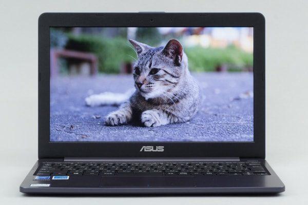 ASUS VivoBook W203MA 映像品質
