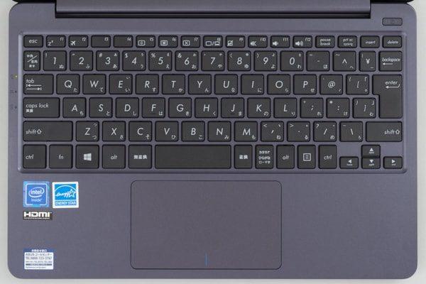 ASUS VivoBook W203MA キーボード