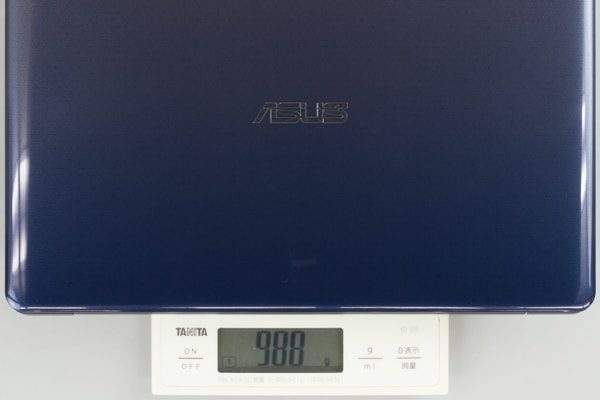 ASUS VivoBook W203MA 重さ