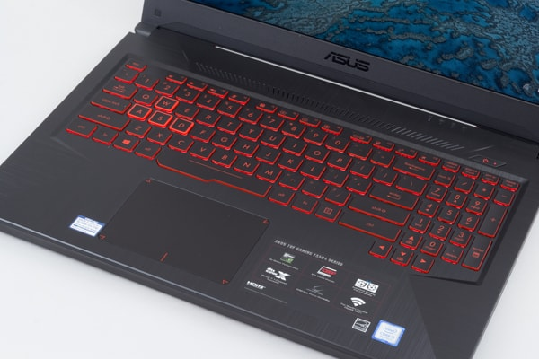 ASUS FX504 キーボード面
