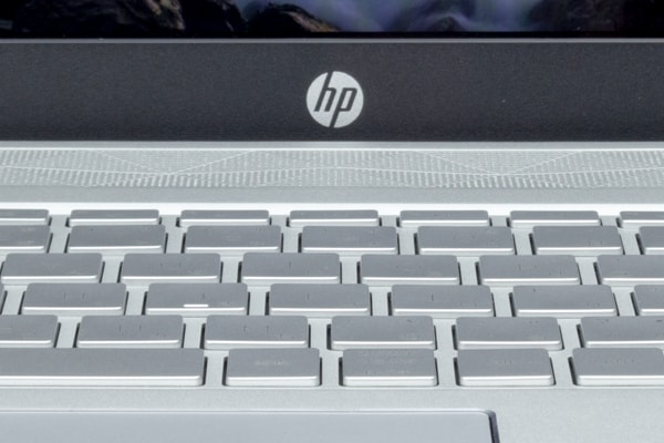 HP Pavilion 15-cu0000 タイプ感