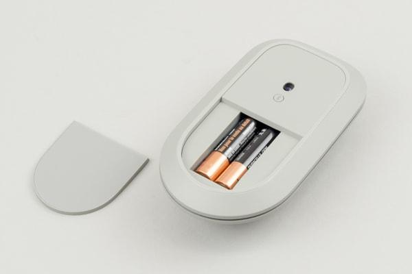 Surface Studio 2 マウスの電源