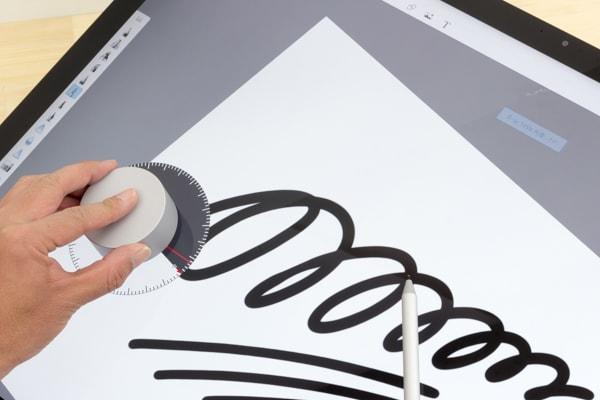 Surface Studio 2 角度の変更