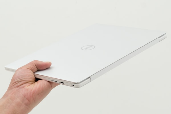 XPS 13 (9380) 軽さ