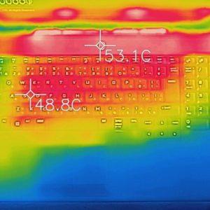 Alienware Area-51m 本体の熱
