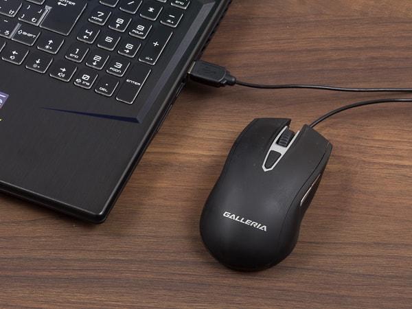 GALLERIA GCR2070RGF USB端子
