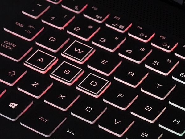AORUS 15 キーボードバックライト
