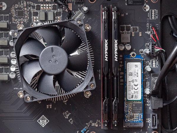 OMEN OBELISK Desktop 875 CPUとメモリー