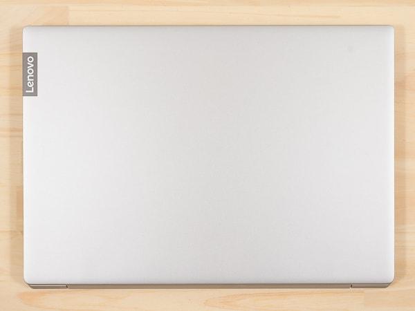 IdeaPad S340 (14, AMD) フットプリント