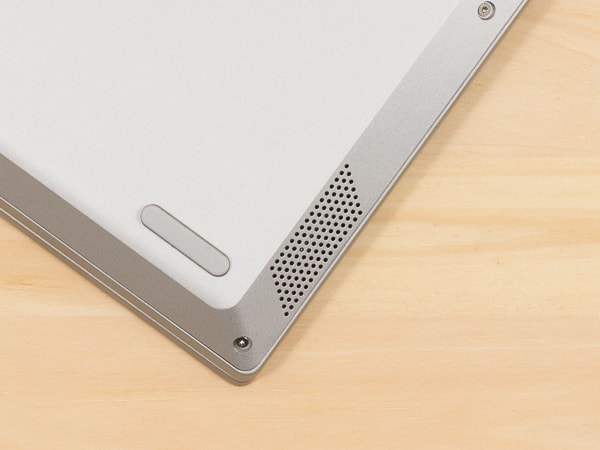 IdeaPad S340 (14, AMD) スピーカー