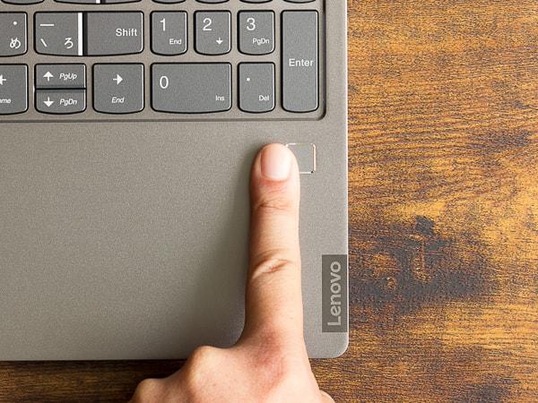IdeaPad S540 (15) 指紋センサー