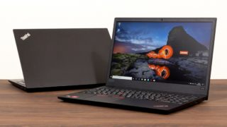 ThinkPad E595 レビュー:安くてもスタイリッシュでキーボードが使いやすい高コスパ15インチノートPC