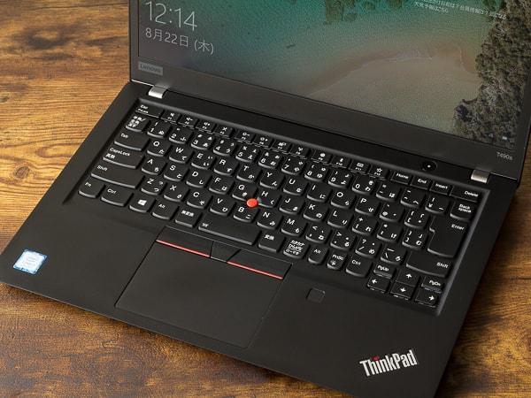 ThinkPad T490s キーボード面
