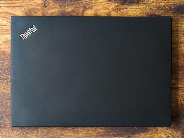 ThinkPad T490s 大きさ