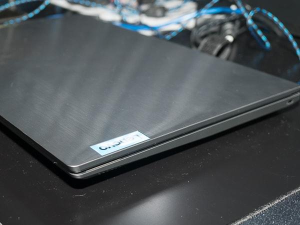 IdeaPad L340 ゲーミングエディション(15) 薄さ