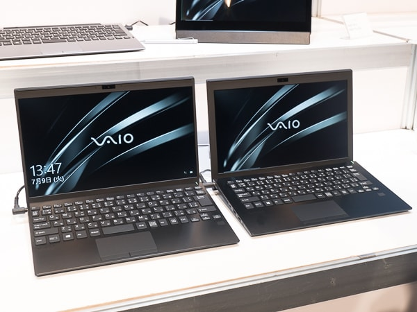 VAIO SX12 | ALL BLACK EDITION 前モデルとの比較