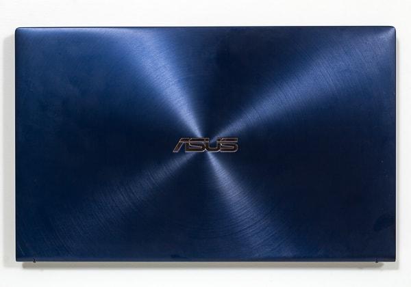 ASUS ZenBook 15 UX534FT 本体カラー