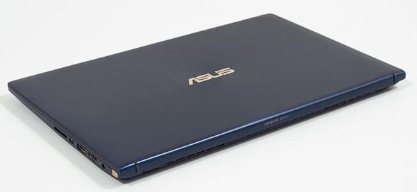 ASUS ZenBook 15 UX534FT 高さ