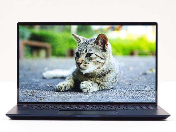 ASUS ZenBook 15 UX534FT 映像品質