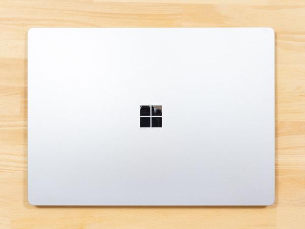 Surface Laptop 3 15インチモデル 接地面積