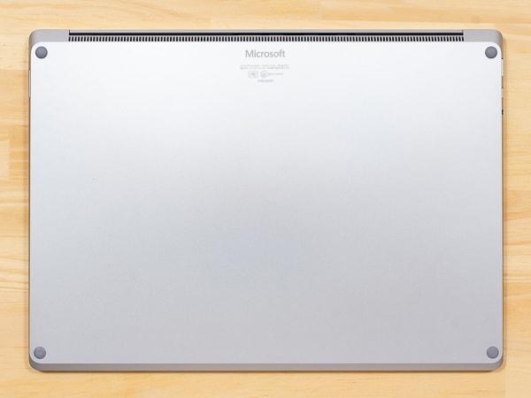 Surface Laptop 3 15インチモデル 底面