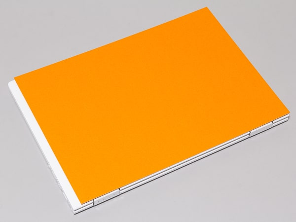 HP ENVY x360 13-ar0000 サイズ感