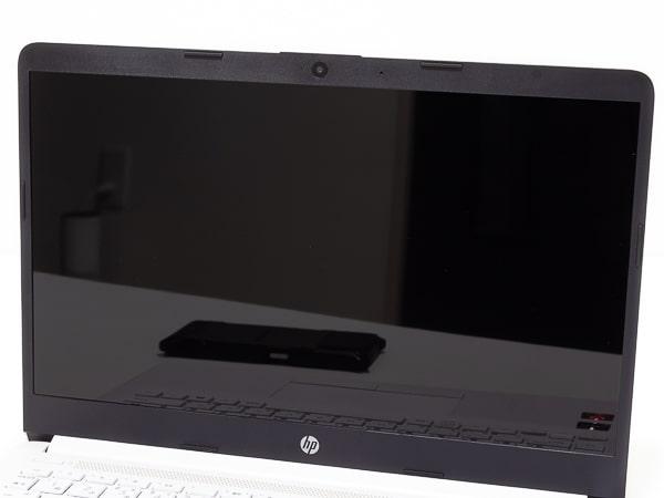 HP 14s-dk0000 映り込み