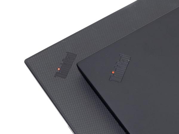 ThinkPad X1 Carbon 2019年モデル 天板