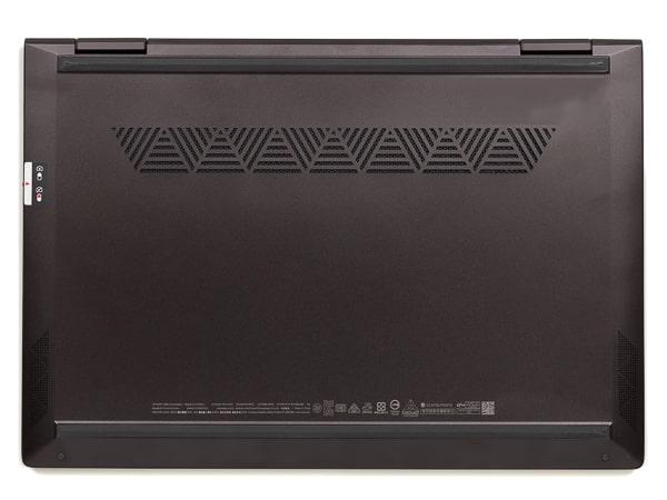 HP ENVY x360 13 Wood Edition 底面部