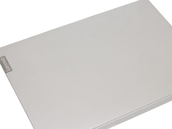 IdeaPad S540 (14) 天板