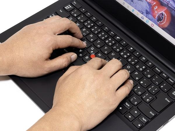 ThinkPad E14 タイプ感