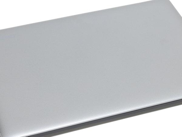 CHUWI HeroBook Pro 天板