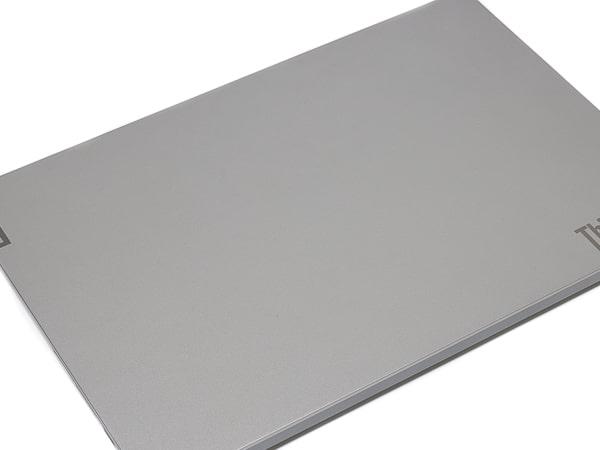 ThinkBook 15 天板