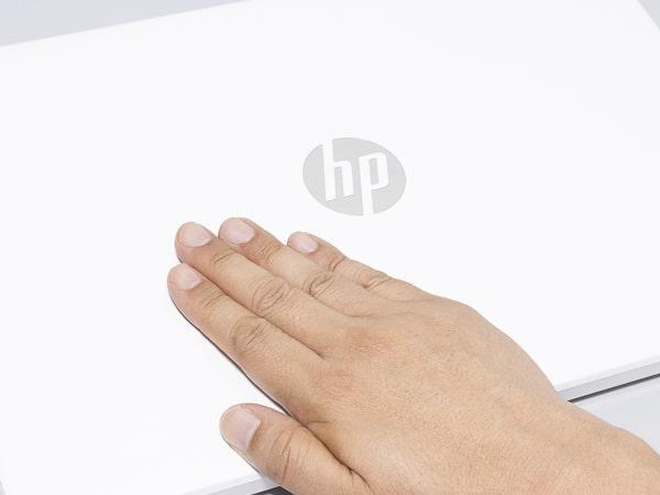 HP 15s-eq1000 質感