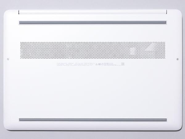 HP 15s-eq1000 底面