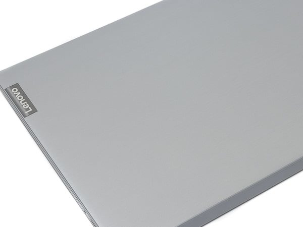 IdeaPad S145 (15, AMD) 天板