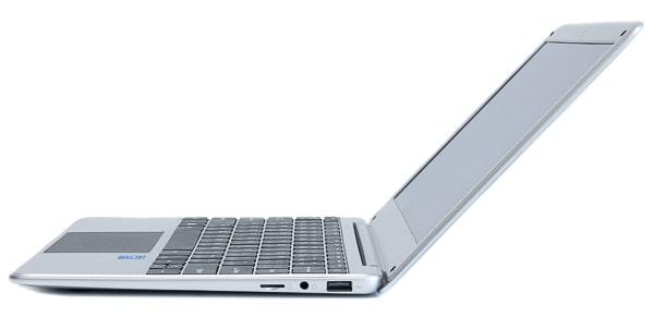 TENKU ComfortBook S11 ディスプレイ角度
