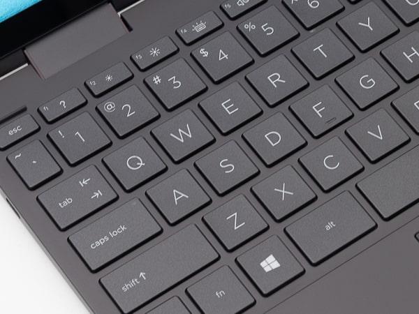 HP ENVY x360 13 タイプ感