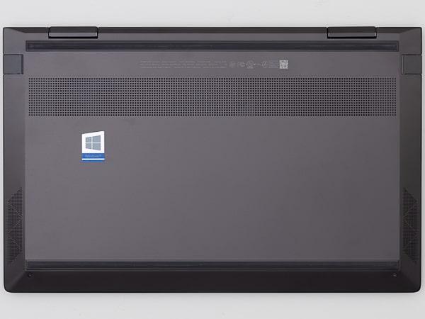 HP ENVY x360 13 底面